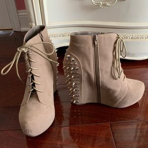 Glaze tan and silver studded booties